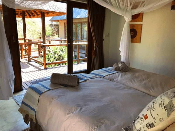 Bedroom at Raptor's Lodge