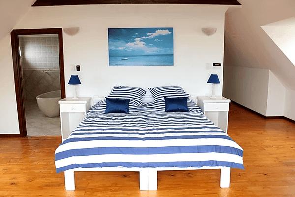 Upper Letsatsi Main Bedroom
