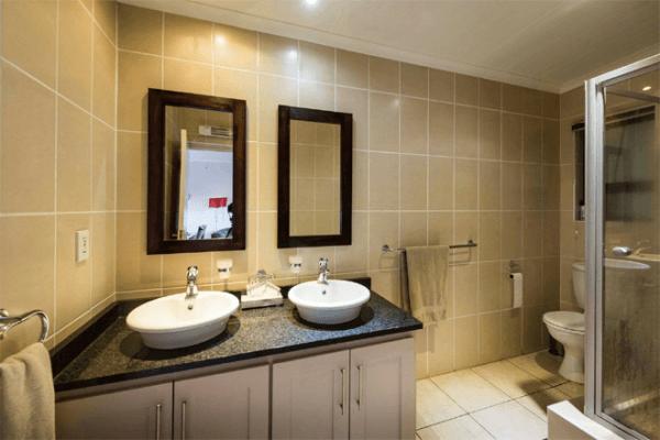 Bathroom at Tiffindell Ski Resort