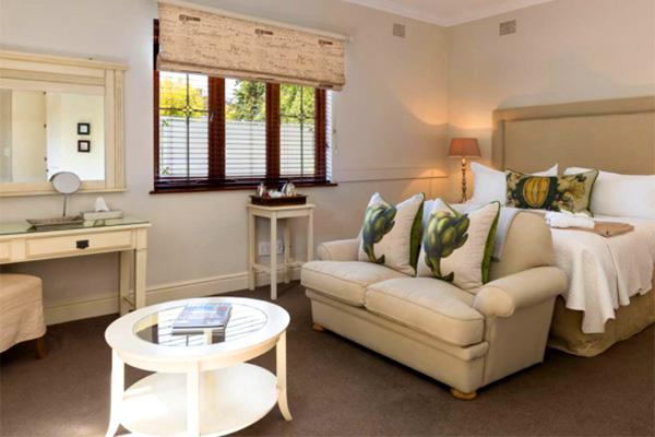 Fernwood Manor - Boutique Guest House