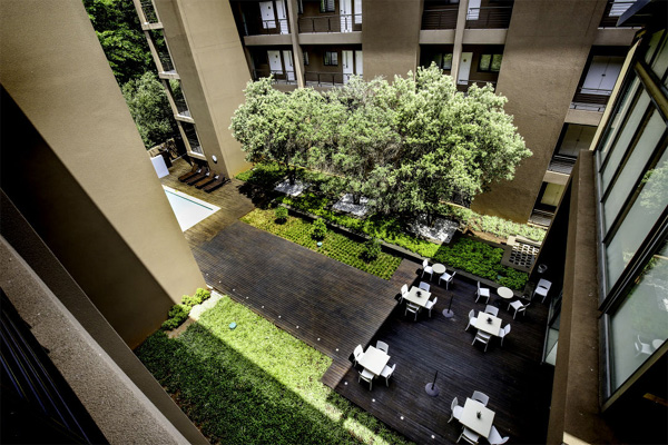 The Nicol Hotel & Apartments