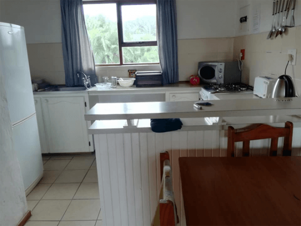 Self Catering kitchen at The Thatches Holiday Resort