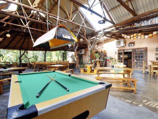 Pool table at Umfolozi River Lodge & Bird Park