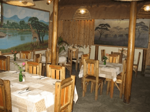 Dining at Umfolozi River Lodge & Bird Park