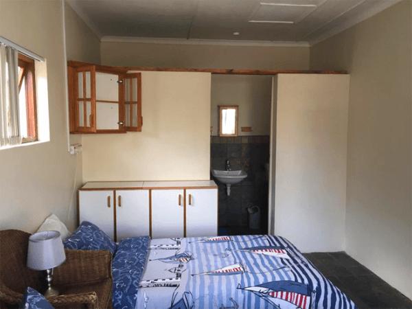 Rooms at Kobus se Gat Swartberg Experience