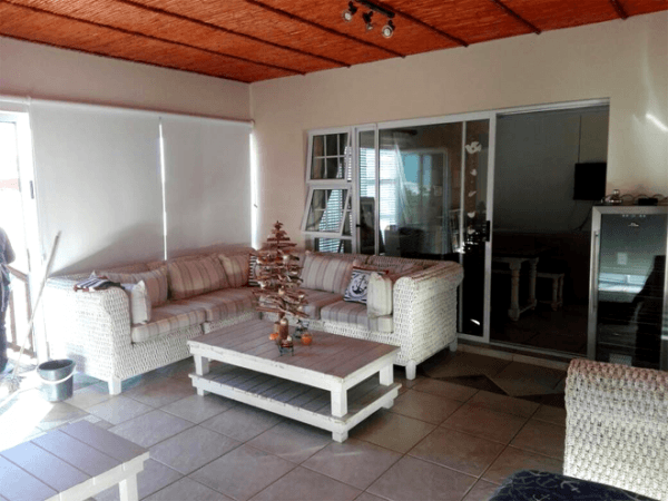 Relax at Kobus se Gat Swartberg Experience
