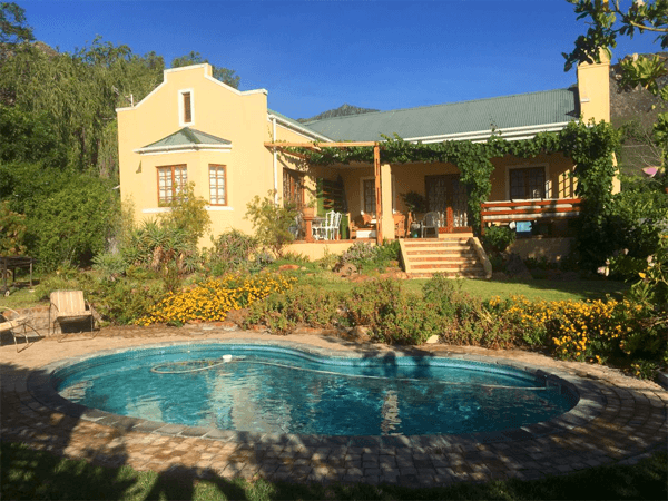 Swimming pool at Amakhala
