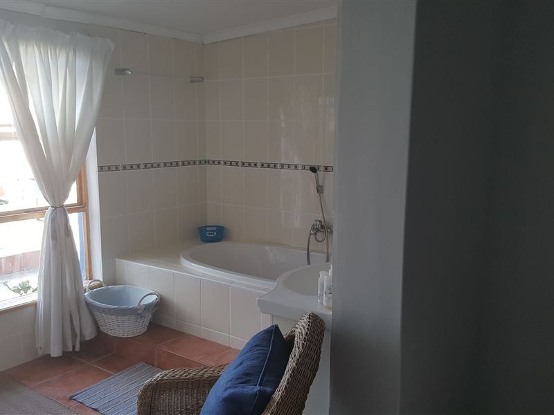 Bathroom at Tranquility in Port Owen