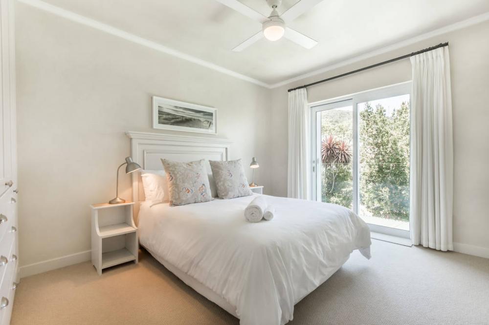 Rooms at Riverclub Estate 4200
