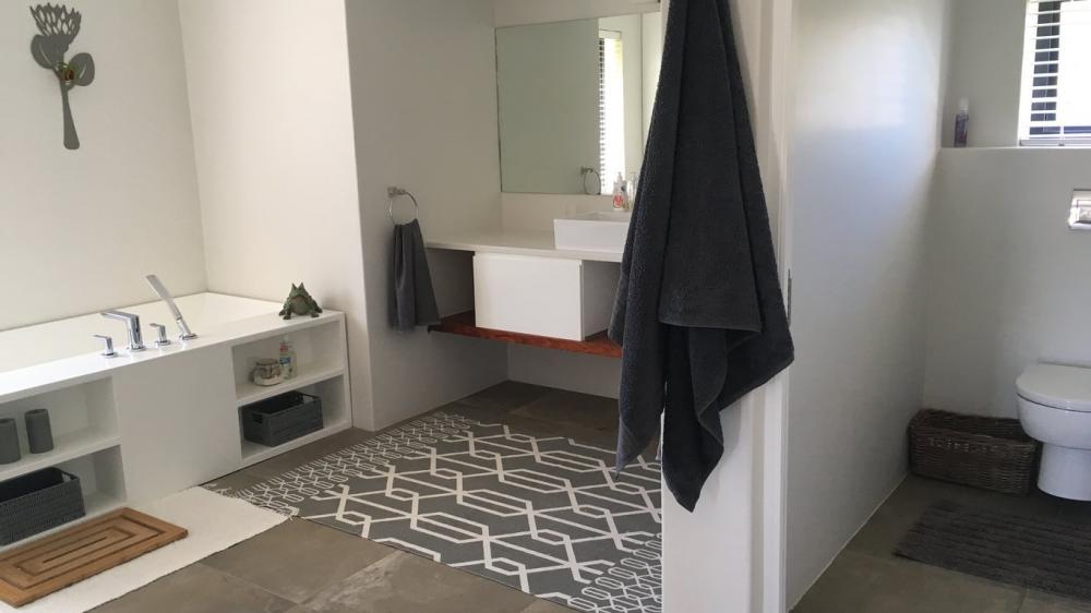 Bathroom at Dalriada Cottage