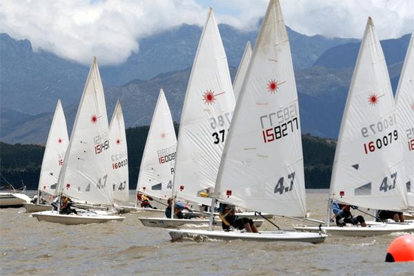 Boats Sailings at Theewater Sports Club