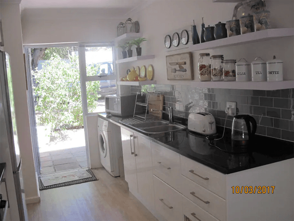 Self Catering kitchen at Garden Cottage - Constantia