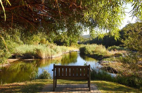 Relax at Mount Amanzi