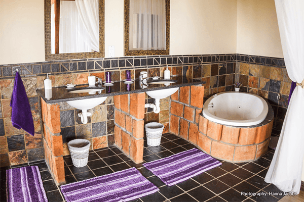 Bathroom at Nghunghwa Lodge in Bilene, Mozambique