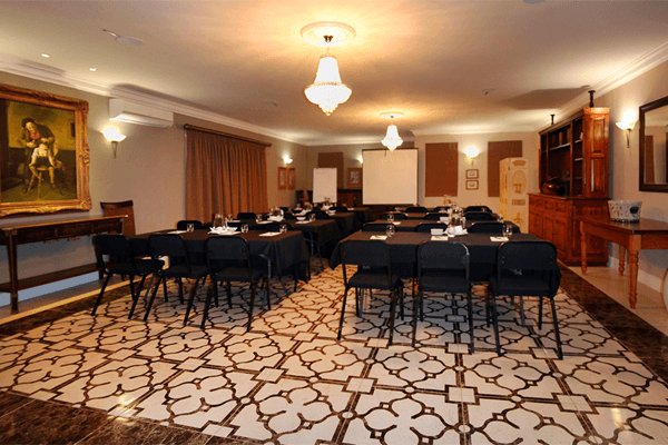 Conferences at Mandyville Hotel